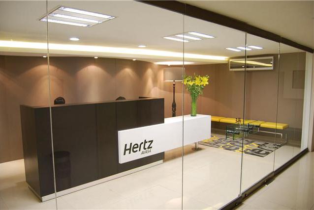 Hertz mazaryk for Hertz oficinas